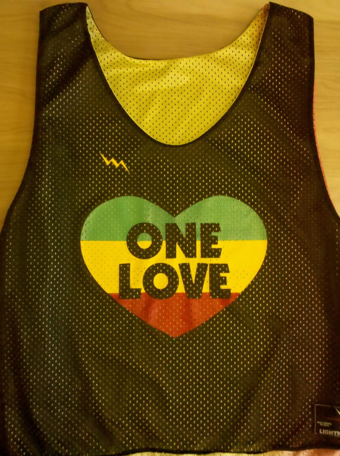 one love pinnies